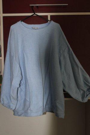 Weicher Oversize-Pullover in hellblau
