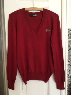 weicher Pullover in Rot mit Stickerei