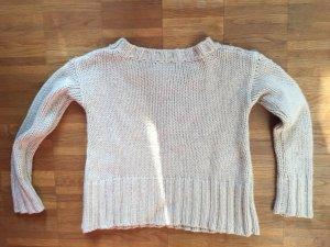 Weicher Pullover, kurz