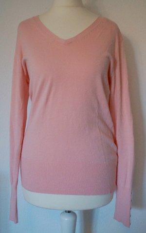 weicher Pullover mit Knopfdetails