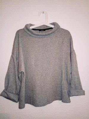weicher Pullover mit weichem Kragen von Opus