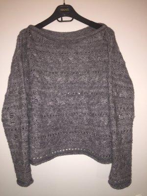 Weicher Pullover von Marella Sport. Oversize