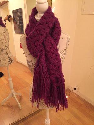 Weicher und warmer Schal