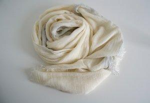 Weicher XXL Schal cremefarben mit Silber und Fransen