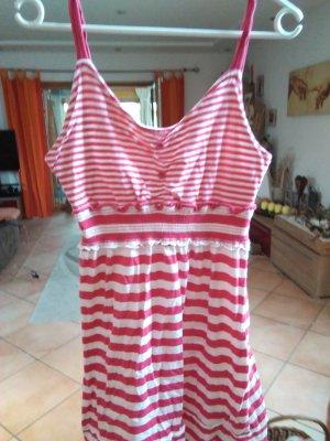 Vestito da spiaggia rosso chiaro
