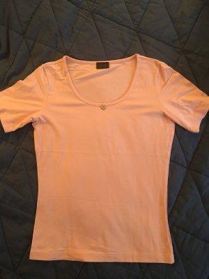 Weiches rosa Shirt von JOOP! mit kleinem Anhänger