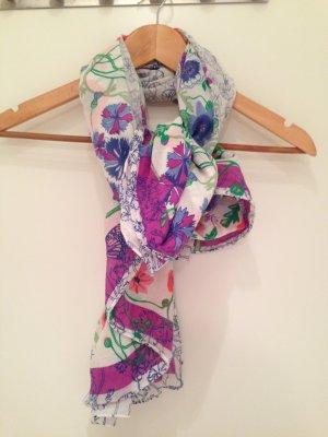"""Weiches Tuch mit buntem Blumenmuster von """"The Garden Collection by H&M"""""""