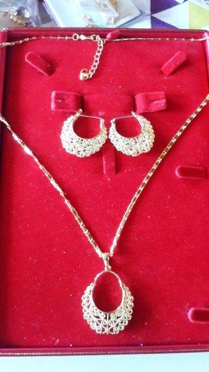 Weinlese-Band-Ohrringe und Halskette Set Großhandel runde hohl Dubai Goldfarben-Schmuck-Set für Frauen