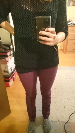 Weinrote Hose, kaum getragen