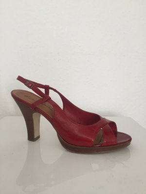 Weinrote offene Pumps