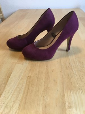 weinrote Pumps H&M in wildlederoptik, NEU