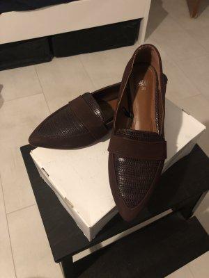 Weinrote Schuhe von H&M