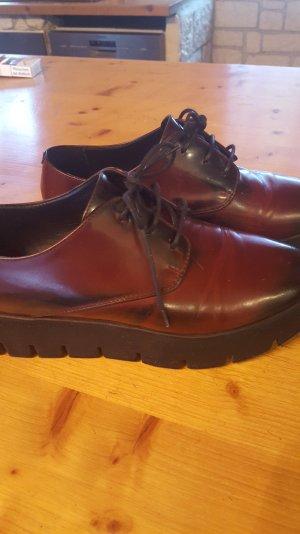 weinrote Schuhe von Vic Matie