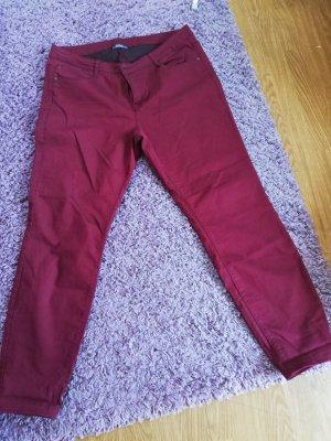 C&A Pantalon strech rouge foncé