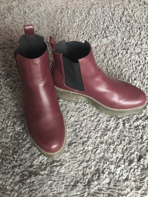 Weinrote Uncle Boots
