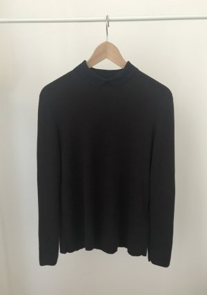 Weinroter Pullover mit dunkelblauem Kragen von COS in Größe M