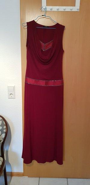 Off-The-Shoulder Dress carmine-bordeaux
