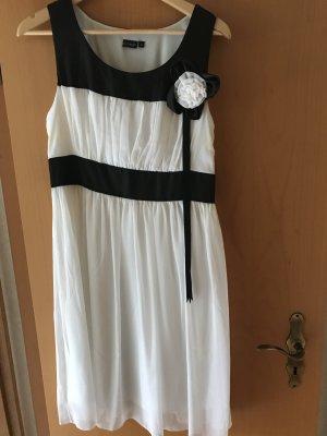 Weis/Schwarzes Kleid