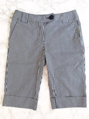 Weiß-blaue Shorts Benetton in 34