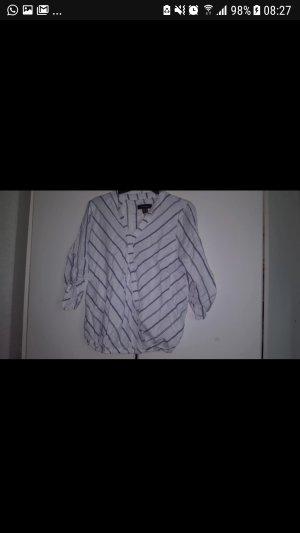 Weiß-Blaues Hemd