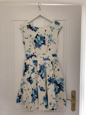 Weiß-Blaues Kleid von Closet