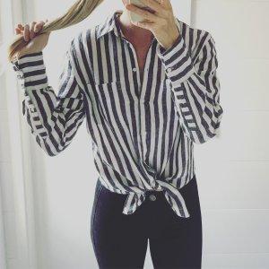 weiß dunkelgrau gestreiftes Hemd/ Bluse