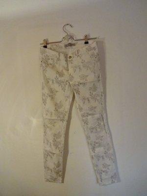 weiß geblümte Sommer-Stretch-Jeans