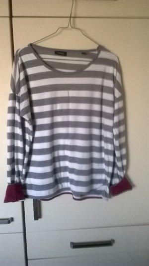 weiß-grau-gestreifes Langarm-Shirt