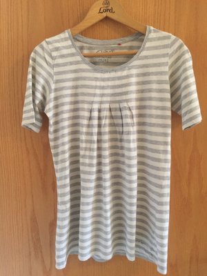 weiß-grau gestreiftes T-Shirt