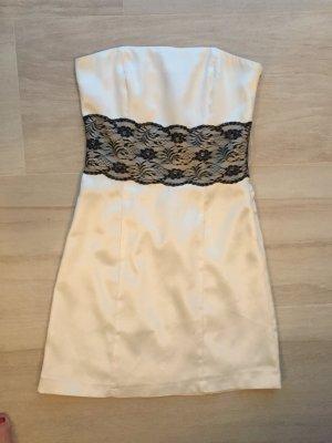 Weiß schwarzes trägerloses Kleid