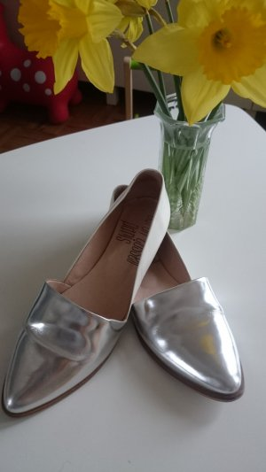 Weiß - silberne Ballerinas/Loafer cool und bequem von Sarah Cassell Paris
