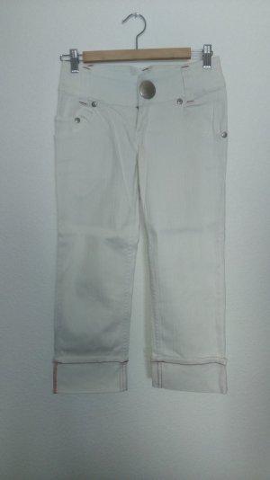 weiße 3/4 Jeans mit roten Näthen von Authentic Style
