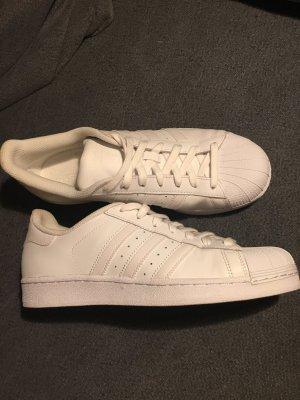Weiße Adidas Originals 40