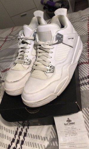 Weiße Air Jordan Retro 4
