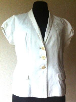 Weiße Bluse mit angeschnittenen Ärmeln