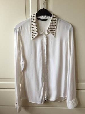 Weiße Bluse mit Nieten von Zara