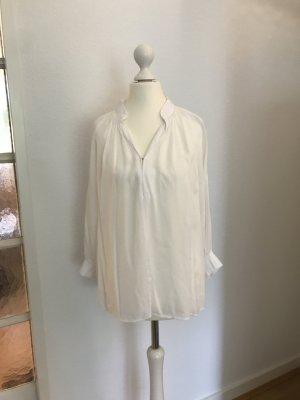 Weiße Bluse mit Rippbündchen