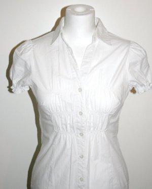 Weiße Bluse mit schönen Raffungen