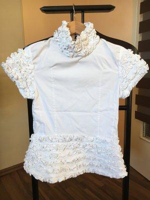 Weiße Bluse mit schönen Rüschen