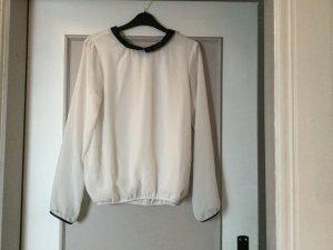 Weiße Bluse mit schwarzem Kragen