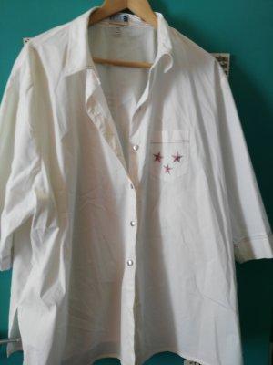 weiße Bluse mit Sternchen