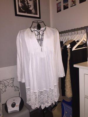 Weiße Bluse mit tollen Details, Größe 40