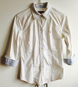Weiße Bluse von GANT mit hellblau karierten Elementen