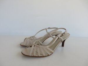 Buffalo Strapped High-Heeled Sandals white
