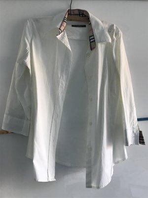 weiße Burberry-Bluse