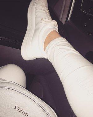weiße Calvin Klein Sneaker+gratis Reiniger