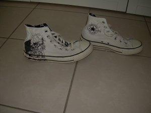 weiße Converse All Star Chucks Metallica Gr. 39