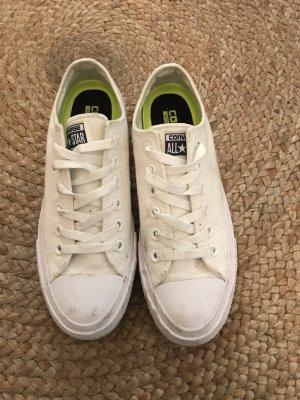 Weiße Converse Sneaker