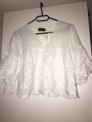 PrettyLittleThing Ruffled Blouse white