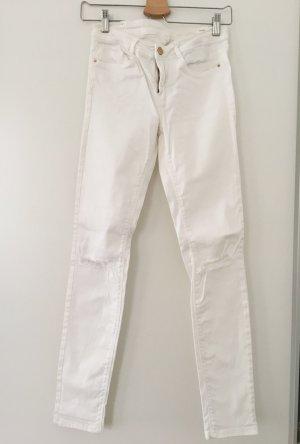 Weiße destroyed Jeans von Zara